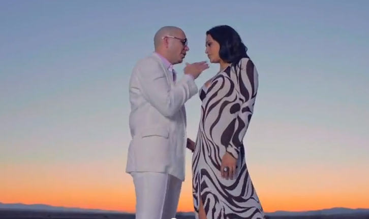 Pitbull – Rain Over Me ft. Marc Anthony (Video)