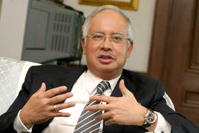 Najib Meets Barisan Heads as GE13 Looms