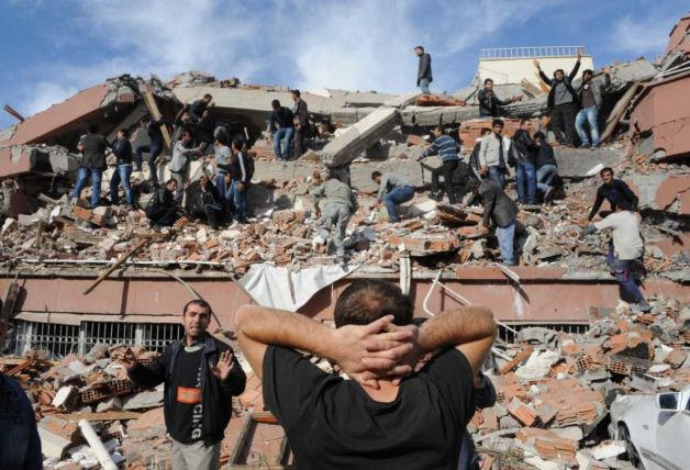 Powerful 7.2 earthquake hits Turkey, 85 killed