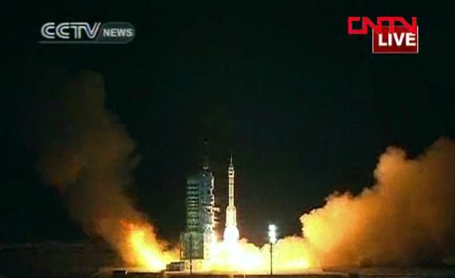 China launches Shenzhou 8 spacecraft