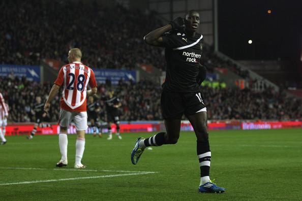Newcastle 3-1 Stoke highlights (Demba Ba Hattrick)