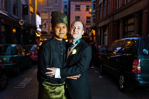 Malaysian Gay Marriage causes a stir, mum wants him back home