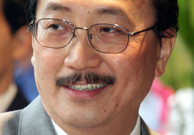 Tan Sri Vincent Tan Retires, Steps Down as Chairman of Berjaya Group of Companies