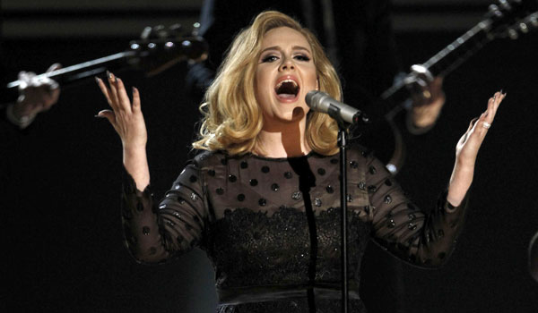 Adele Wins Big at the Grammy 2012