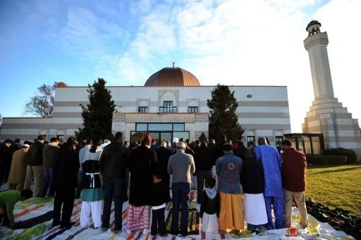 Report finds mosques blooming across US