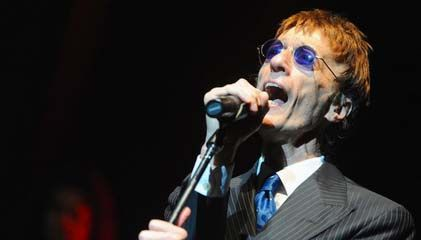 Robin Gibb of BeeGees Dies at age 62