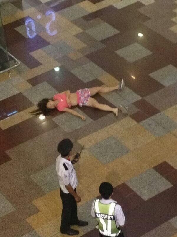 Girl Commits Suicide At Berjaya Times Square Pictures