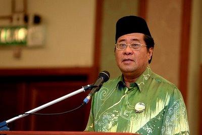 15 PKR Members lodge MACC report against Khalid Ibrahim