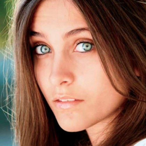 Paris Jackson Rushed to Hospital in apparent suicide attempt