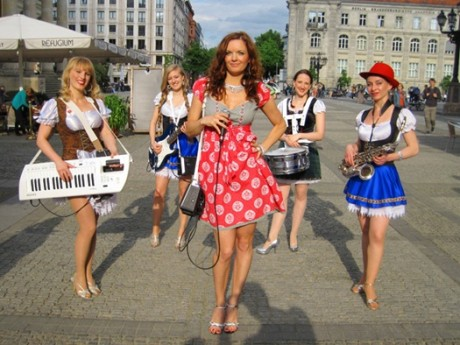 Country-Girls-Oompah-Band