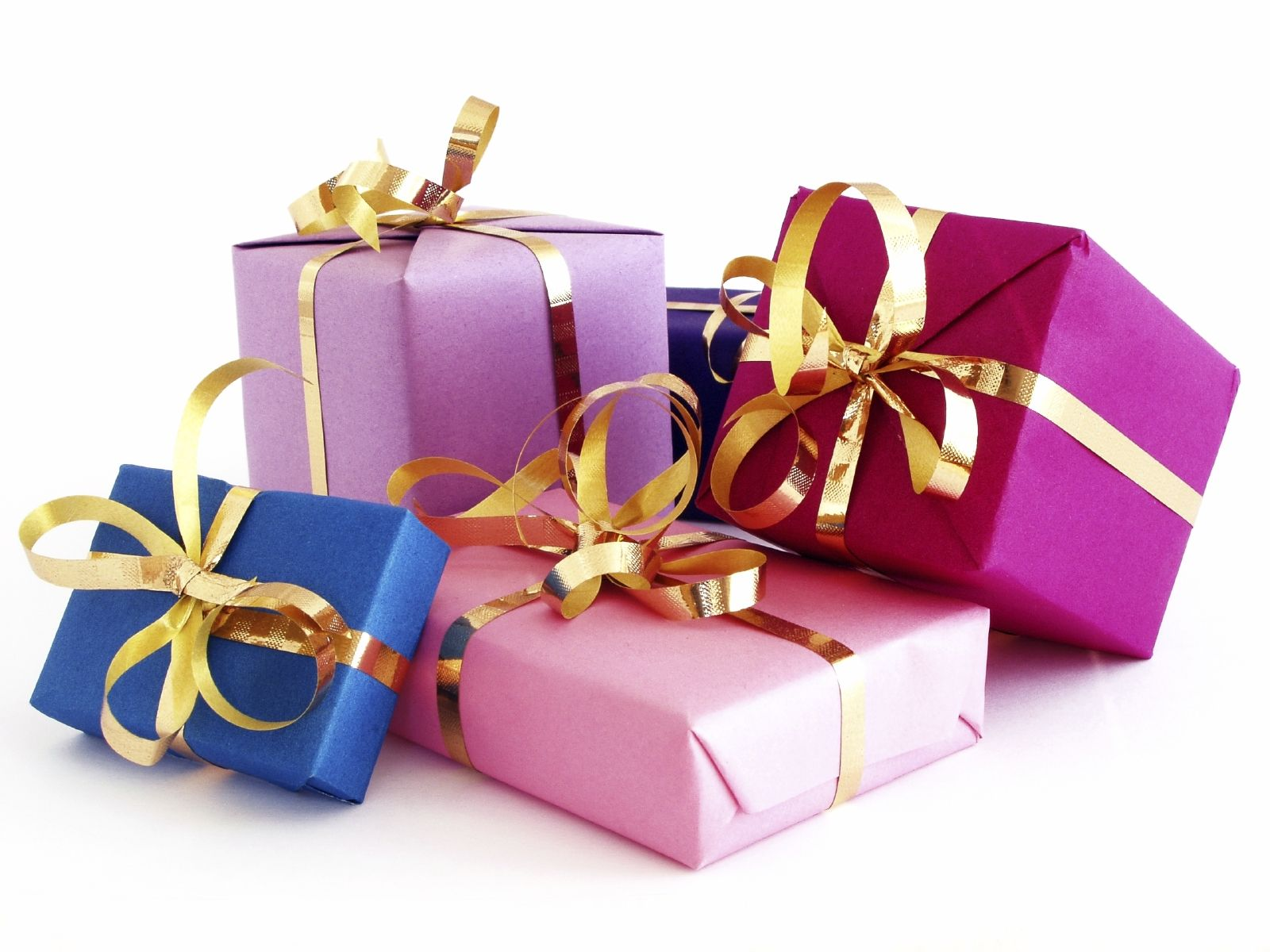 10 christmas gifts below rm 50 for her