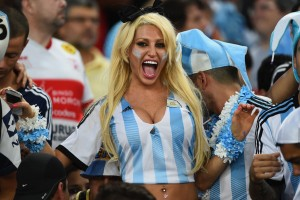 Sexy-world-cup-fans (1)