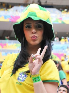 World-Cup-2014-Sexiest-Fans (1)